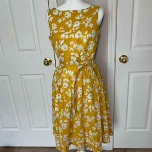 Anne Klein spring floral dress with pockets size 8